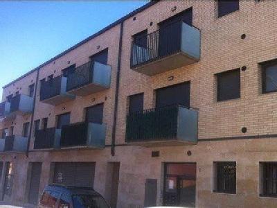 Desde 800 € tallers, desde 131.507 € pisos