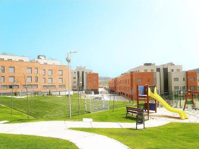 Promociones con pisos de 2 dormitorios con garaje y trastero desde 77.725 €