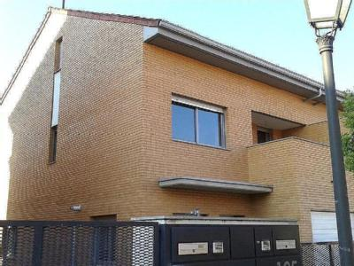 Viviendas distribuidas entre pisos protegidos, chalets adosados y pareados desde 280.000 €
